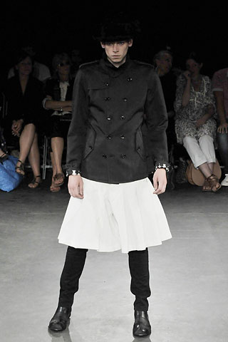 comme-des-garcons-white-skirt